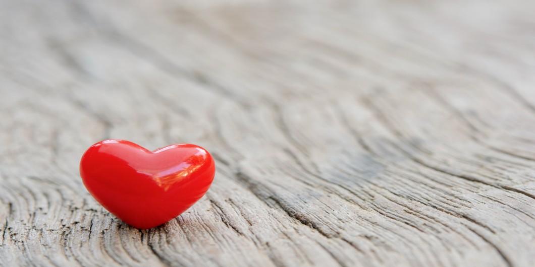 Grăsimea în jurul inimii creşte riscul de insuficienţă cardiacă, în special la femei!